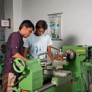 Labs & Workshops